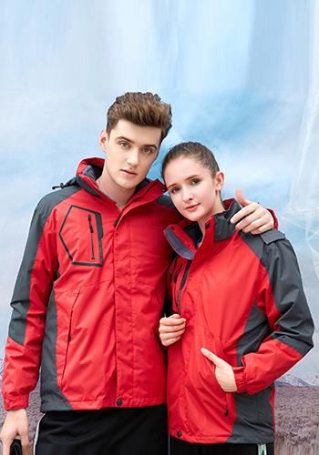 万博mantex手机登录大红色两件套防水冲锋衣