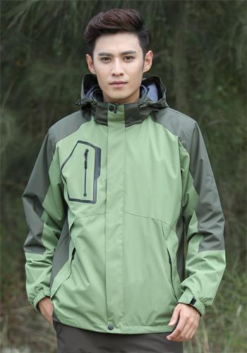 万博mantex手机登录草绿色两件套防水冲锋衣