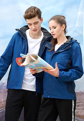 万博mantex手机登录宝蓝色二合一防风防水保暖透气冲锋衣